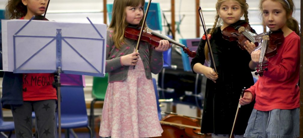 music-concert-violins